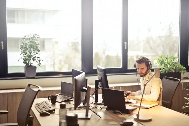 Ofereça uma estrutura de trabalho confortável e adequada